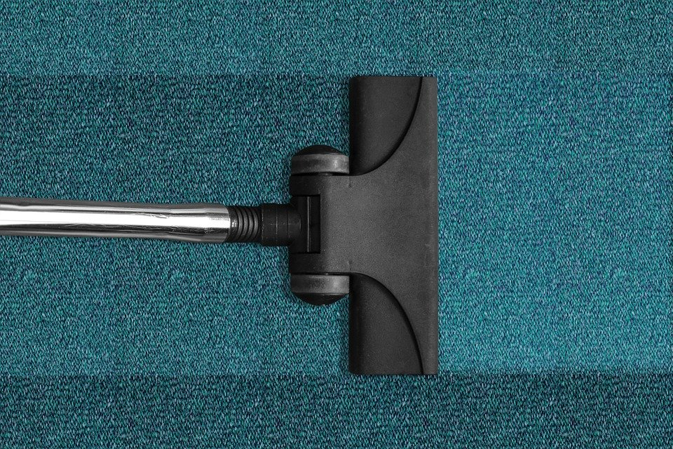 6 Best Vacuums Under 200 In 2020
